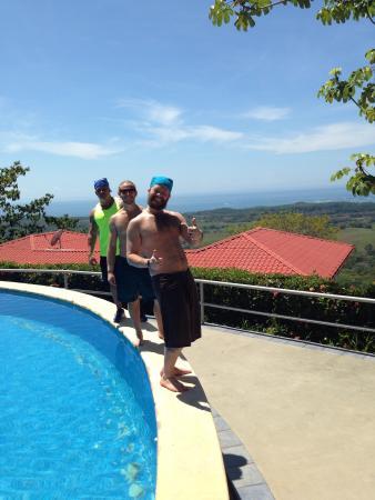 Vista Ballena Hotel: Hanging out pool side
