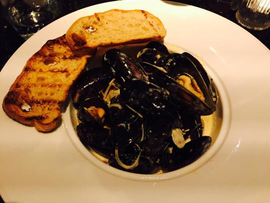 Gusto: Mussels starter