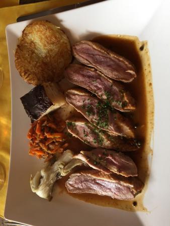 Restaurant Les bles d'or : Canard au poivre vert