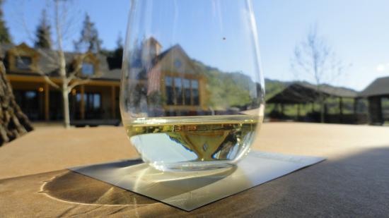 Paraduxx Winery: White wine