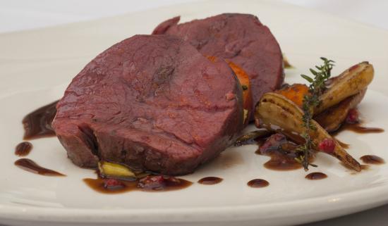The Coach House Restaurant at Ravenstone Lodge: Venison Steak