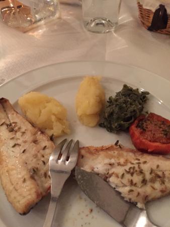 Le Comte d'Aix: Delicious fish!