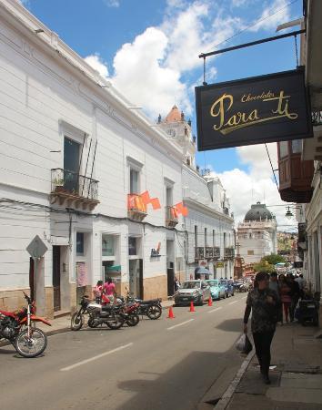 Fachada da loja Para Ti Chocolates, centro Sucre