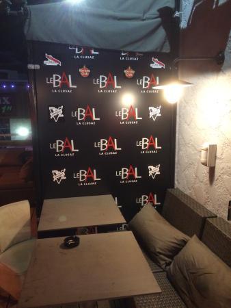 Le Bal Restaurant Music Live
