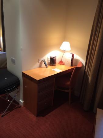 Ramada Hotel & Suites Coventry: Room 708