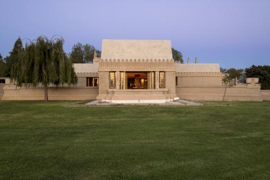 ‪Hollyhock House‬