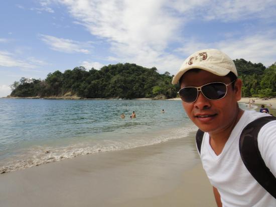 Green Stone Adventures - One Day Tours : Playa del Parque Nacional Manuel Antonio