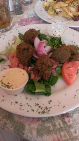The Mediterranean Grille & Steakhouse: falafel platter
