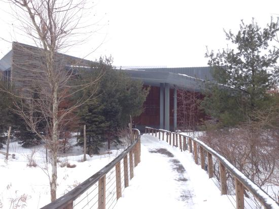 Cornell Lab of Ornithology: Entrance to the centre