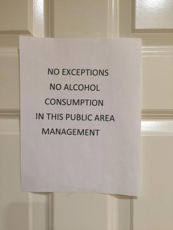 Holiday Inn Express Hotel & Suites Lake Elsinore: Found these two interesting signs on the breakfast room this evening.