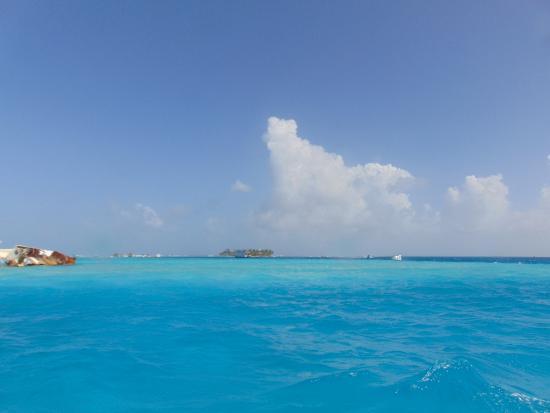 Decameron Marazul: el hermoso mar azul