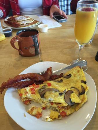 Artisinal Dish: Breakfast at Dish.  Yummy!