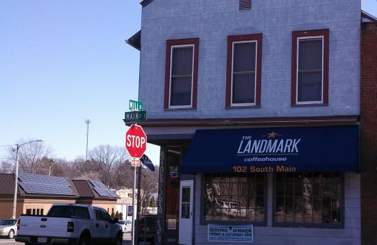 Amherst, WI: Stop- at The Landmark!