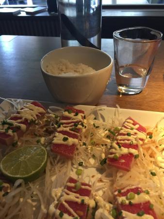 Fugu-Nydegg: tuna tataki - love it!