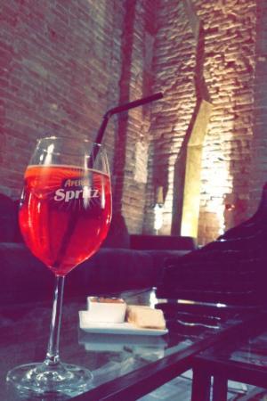 Gazzetta Caffe: Spritz 2 Campari