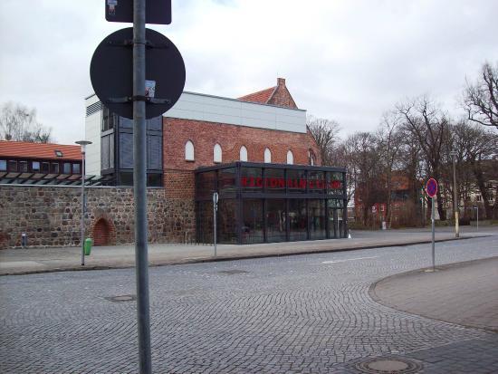 Neubrandenburg, Germany: Zwischen Bahnhof und Markplatzcenter