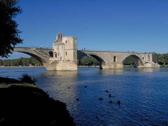 Ibis Budget Avignon Centre : Pont d'Avignon