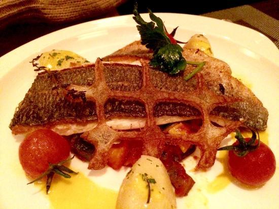 Restaurant Belvedere: Amazing Dorada...