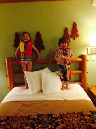 Duluth Spirit Mountain Inn - Americas Best Value: very cute room kid approved
