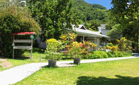 Beau Vallon Bungalows Picture