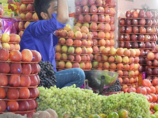 Devaraja Market: Market impression