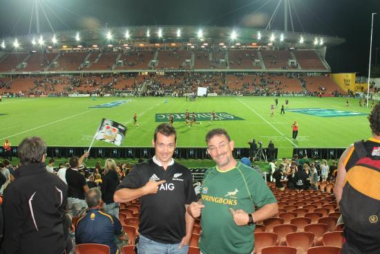 Waikato Stadium: Rivals having good fun