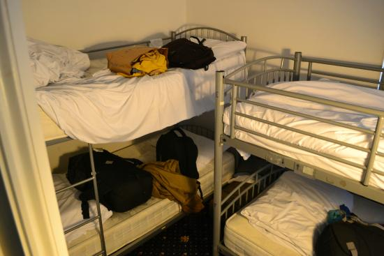 Gallery Hyde Park: Room of 4 beds