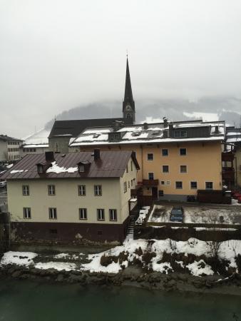 Lukasmayr : Uitzicht achterzijde incl. Kerk leuk om even binnen te kijken.