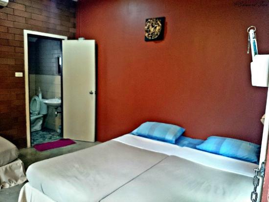 Gongkaew Chiangmai Home: room