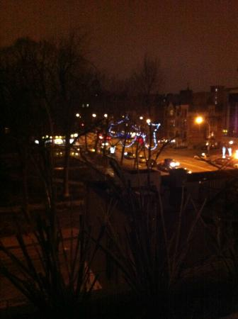 Auberge du Carre St-Louis: roof top night time