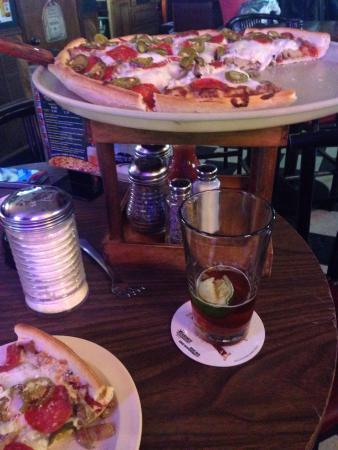 Papa's Pub & Pizzeria