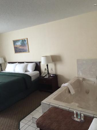 Quality Inn & Suites: Clean and Comfortable