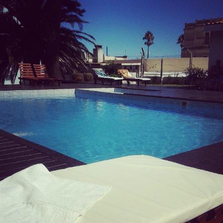 Hotel Escorial : Piscina!