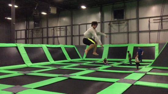 battle beam picture of jump 360 trampoline park. Black Bedroom Furniture Sets. Home Design Ideas