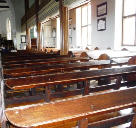 St. John's Parish Church: Church Pews