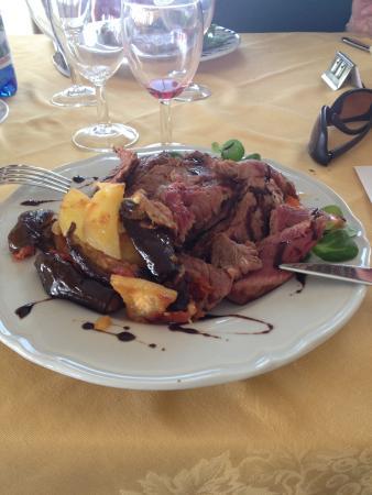 Carne ottima bild fr n lo stambecco hotel breuil for Hotel meuble mon reve