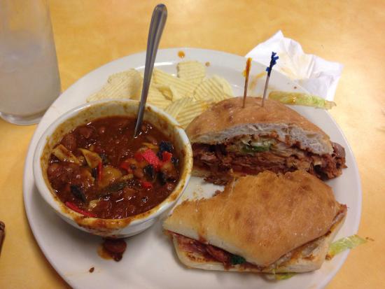 Grill on Gage: Pulled Pork Sandwich (felt wasteful but blaghg)