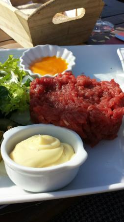Brasserie Kasteel Beersel: un délicieux  steak tartare