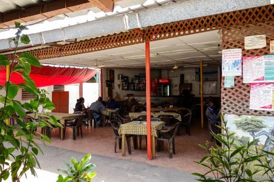 Le Brasero, Kaolack  Restaurant Avis, Numéro de Téléphone