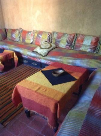 Riad dar ouzoud maroc voir les tarifs et avis pension for Salon zen rabat tarifs