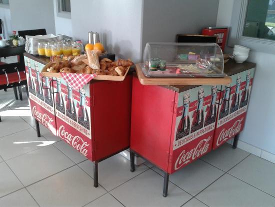 Hotel Des Bois : Buffet Petit Déjeuner