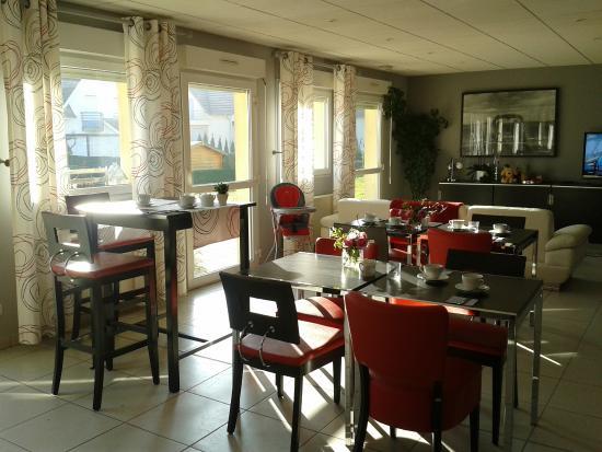 Hotel Des Bois : Salle de Petit Déjeuners
