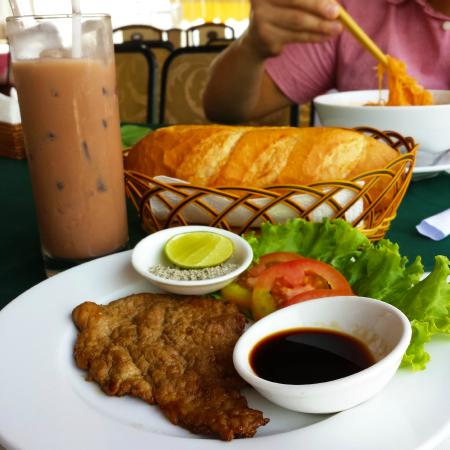 Saigon Royal Hotel: breakfast