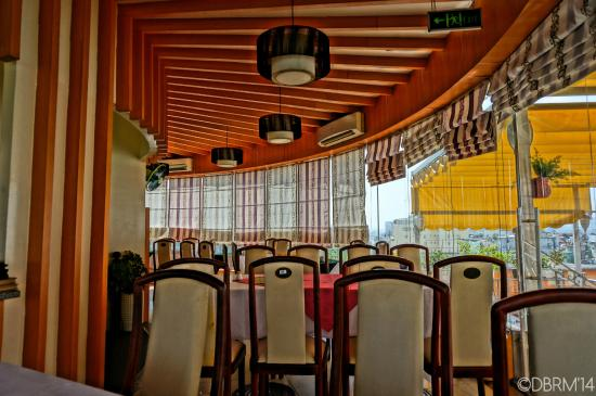 Saigon Royal Hotel: revolving resto