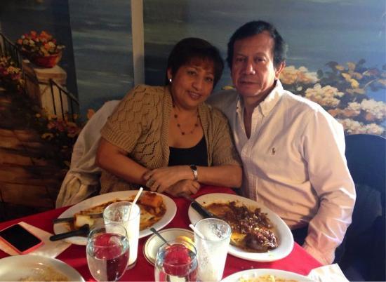 Aromas Del Sur: celebrate our wedding anniversary!!