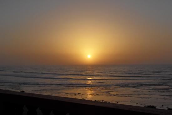 Auberge Sable D'Or : soleil couchant vu de la chambre