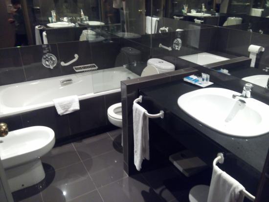 Hotel Puerta de Burgos: Baño