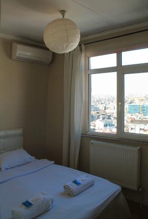 Taksim Istanbul Apart: My room