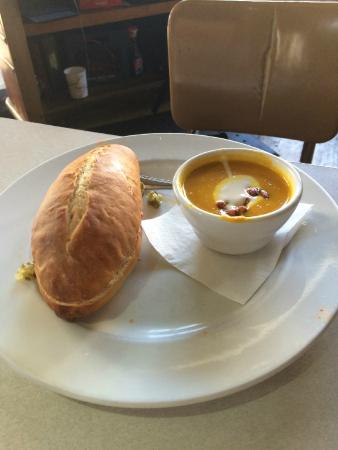City O City: sandwich w/carrot/curry soup