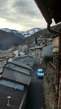 Nohedes, Francja: Nohèdes depuis notre chambre